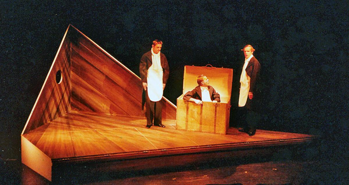 2008 // Bühnenbild und Kostüme für An der Arche um acht / Hub / Regie: Thomas Hollaender / Staatstheater Mainz
