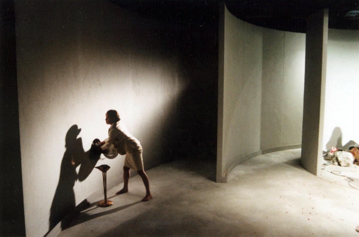 1998 // Bühnenbild und Kostüme für Phaidras Liebe / Kane / Regie: John von Düffel / Schauspiel Bonn
