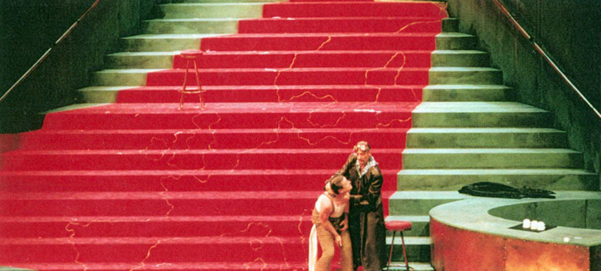 2000 // Bühnenbild und Kostüme für Zur schönen Aussicht / Horvath / Regie: Marlon Metzen / Nationaltheater Mannheim
